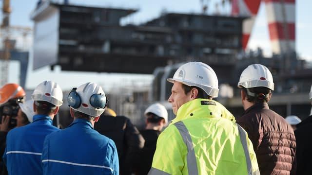 Les formateurs sont des salariés des Chantiers, reconnus pour leurs compétences techniques, ayant entre 10 et 20 ans d'expérience.
