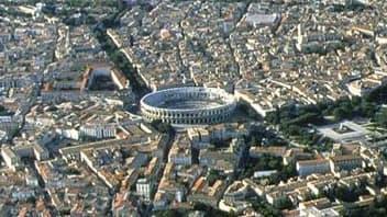 Vue de Nîmes, où les prix pourraient baisser entre 3 et 5% d'ici à la fin de l'année
