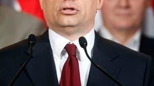 Les conservateurs du Fidesz, le parti dirigé par Viktor Orban, ont promis lundi des réformes en profondeur en Hongrie après leur large victoire au premier tour des élections législatives, marquées en outre par une forte poussée de l'extrême droite. /Photo