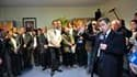 """Le chef de l'Etat à la mairie de Laon. Nicolas Sarkozy a promis que les spécificités des fonctionnaires seraient prises en compte dans la réforme des retraites, qu'il s'est engagé à mener de façon """"juste"""". /Photo prise le 2 mars 2010/REUTERS/Philippe Woja"""