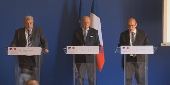 Les trois ministres ont donné un point presse vendredi.