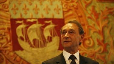Bertrand Delanoë laisse une ville peu endettée