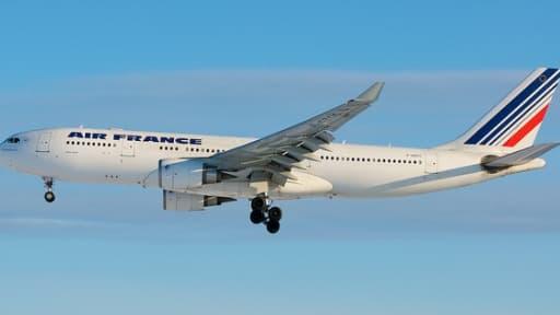 Le ministre des Transports veut repousser le projet européen de libéralisation du contrôle aérien.