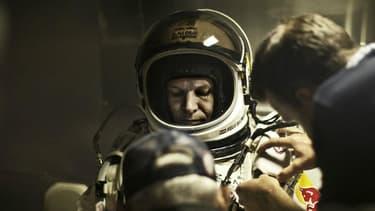 Felix Baumgartner a rangé son costume d'astronaute pour endosser celui de l'exilé fiscal
