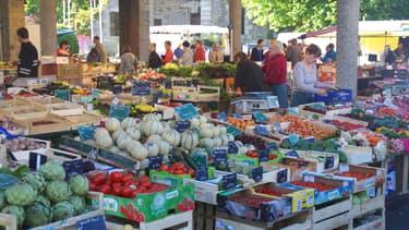 Avec 400 commerces, un marché quotidien et un taux de vacance commerciale faible pour une ville de sa catégorie, Saint-Lô (Manche) vient d'être distinguée par l'association Procos.