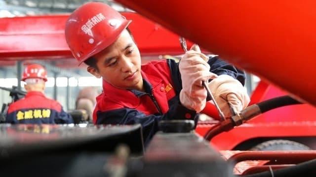La production industrielle chinoise tombe en mai à son plus bas niveau depuis 17 ans.