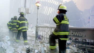Pompiers intervenant sur site après les attentats du World Trade Center.