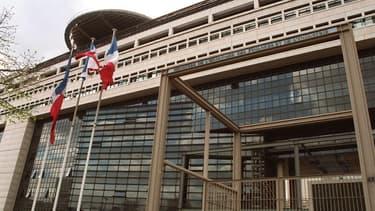 Bercy estime que la fraude fiscale représente 70 milliards d'euros par an.