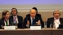 Lors d'une réunion internationale de soutien à la Coalition nationale syrienne, à Paris, le chef de la diplomatie française Laurent Fabius a estimé que la Syrie risquait de tomber entre les mains de groupes islamistes radicaux si la communauté internation