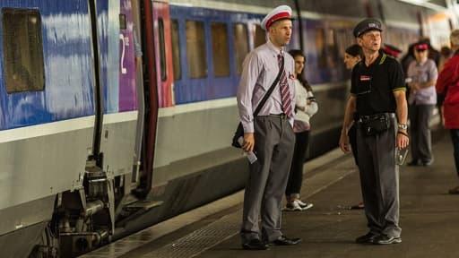 Les 33.000 agents SNCF en contact avec la clientèle vont porter des uniformes fabriqués par Armor Lux.