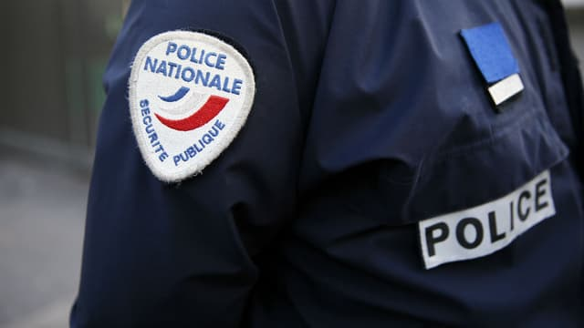 Près d'un mois après les attentats de janvier à Paris, plusieurs interpellations ont eu lieu ce mardi et la semaine dernière dans les régions de Paris et de Lyon, contre des filières jihadistes présumées.