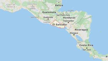 El Salvador, pays d'Amérique centrale.