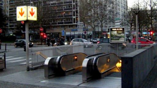 La station de métro de l'hôtel de ville, à Lille.