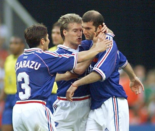 Deschamps et Zidane avec Lizarazu en 1998