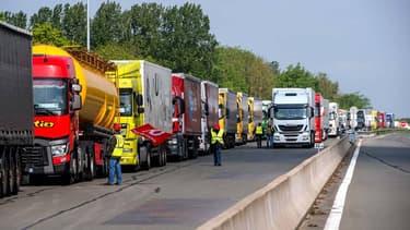 Les routiers se sont joints aux différents mouvements contre la Loi Travail.