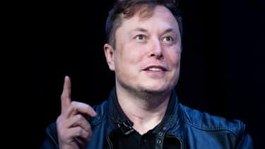 Elon Musk, le patron de Tesla, a assuré ce jeudi que le constructeur de véhicules électriques parviendrait cette année à mettre au point une voiture entièrement autonome, capable de se déplacer sans conducteur au volant.