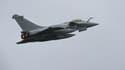 Plusieurs appareils français, dont des chasseurs Rafale, ont repris leurs opérations lundi matin au dessus de la Libye.