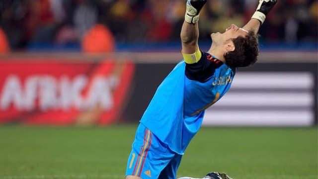 Le gardien espagnol Iker Casillas peut exulter : l'Espagne est en finale !