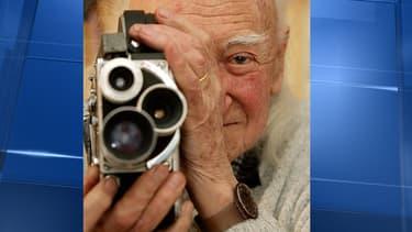 Le réalisateur René Vautier est mort dimanche à l'âge de 86 ans.