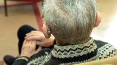Comment parvenir à rééqulibrer les comptes des retraites complémentaires ? Patronat et syndicats se réunissent pour en discuter.