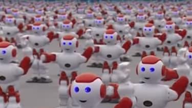 1007 robots ont dansé simultanément ce 30 juillet en Chine. Un record.