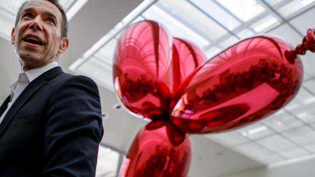 """""""Balloon Dog"""", de Jeff Koons, est devenu l'oeuvre contemporaine la plus chère du monde."""