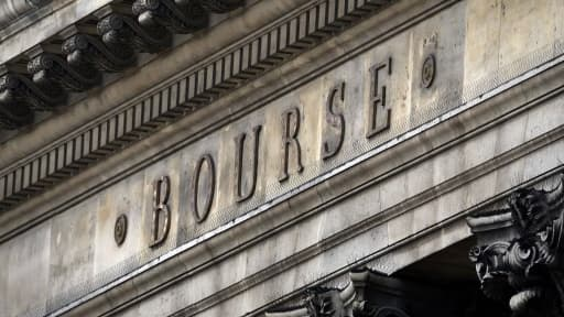La Bourse de Paris attend avec fébrilité le dénouement du feuilleton budgétaire américain.