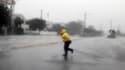 A Wrightsville Beach, en Caroline du Nord. L'ouragan Irene a atteint samedi la côte Est des Etats-Unis dans les environs du cap Lookout. Accompagnée de vents soufflant à 140 km/h, Irene est un ouragan de catégorie 1 sur l'échelle de Saffir-Simpson qui en