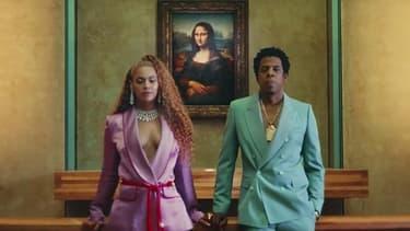 Beyoncé et Jay-Z dans leur clip tourné au musée du Louvre.