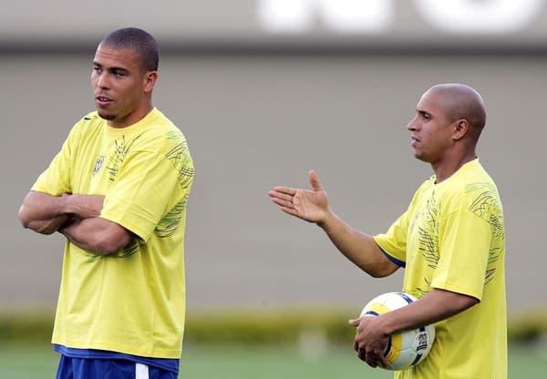 Ronaldo et Roberto Carlos