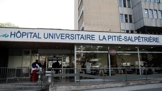 L'entrée de l'hôpital parisien de la Pitié-Salpêtrière, le 15 avril 2019.