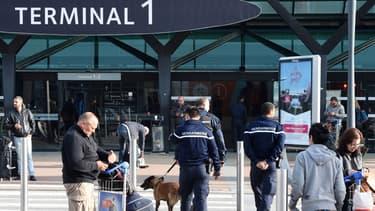 L'État a donné, le 10 mars, le coup d'envoi à la privatisation partielle des aéroports de Nice et de Lyon.