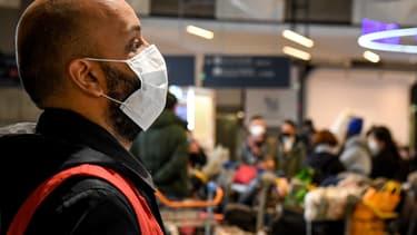 Plusieurs élus locaux demandent à ce que le port du masque soit rapidement rendu obligatoire dans les lieux clos de Mayenne. (Photo d'illustration)