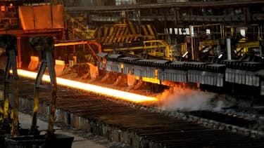 L'organisation patronale UIMM et trois syndicats représentatifs (CFDT, CFE-CGC, FO) ont signé un accord d'activité réduite pour le maintien de l'emploi dans la métallurgie.
