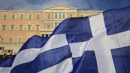 Incapables de s'entendre sur les modalités d'une participation du secteur privé à un nouveau plan d'aide à la Grèce, la zone euro a ouvert lundi la voie à un défaut grec, accélérant une vague de défiance généralisée sur les marchés européens. /Photo prise