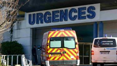 L'entrée du service des urgences du CHU de Grenoble.