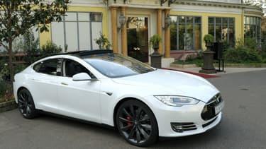 Des Tesla Modèle S ont été vendues à moitié prix.