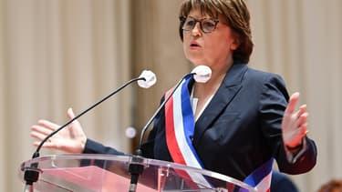 Martine Aubry lors de son élection au conseil municipal.