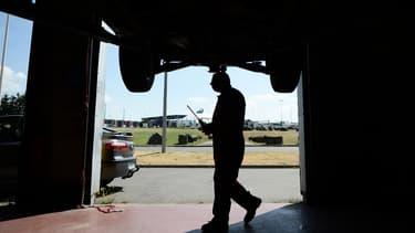 D'après les enquêteurs, quinze garages seraient impliqués dans le trafic (photo d'illustration)