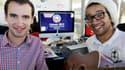 Mathieu Billon (à gauche) et Tony Jazz,, fondateurs de On air agency, agence de design sonore bordelaise. Les meetings électoraux de Barack Obama seront rythmés dès mars prochain par un morceau de musique composé par ce duo de Bordeaux. /Photo prise le 10