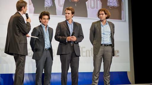 Guillaume Dubois, vice-président de BFM Business et l'équipe de Sinteo