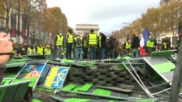 Des gilets jaunes sur les Champs-Élysées, le 24 novembre 2018