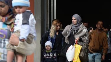 Des réfugiés syriens arrivent à Munich, en Allemagne, le 7 septembre 2015.