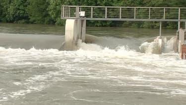 Le niveau de l'eau est haut aux alentours de la ville de Troyes