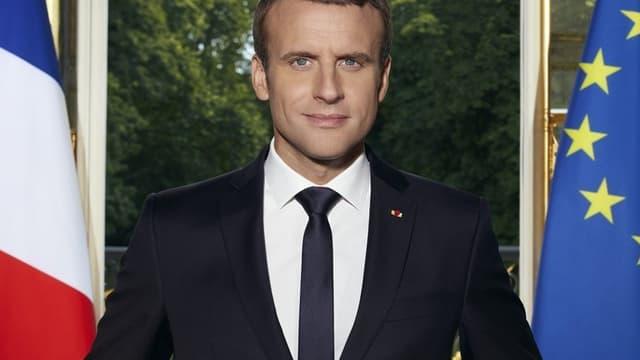 Portrait présidentiel officiel d'Emmanuel Macron.