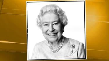La reine d'Angleterre s'est offert un nouveau portrait officiel pour ses 88 ans.