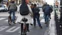 Baisser la vitesse dans les centres-villes permettrait de diminuer le nombre d'accidents, mais aussi de favoriser des modes de transports alternatifs, selon plusieurs associations.
