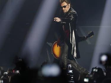 Un hommage populaire a été rendu à Johnny Hallyday à Paris