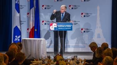 Jean-Marc Ayrault en visite à la Chambre de commerce française au Canada, le 14 mars.