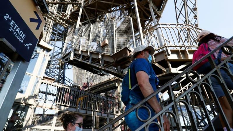 Paris: un tronçon d'un escalier de la Tour Eiffel est à vendre